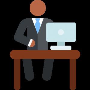 Symbolbild Arbeitsplatz, Person mit Laptop und Schreibtisch
